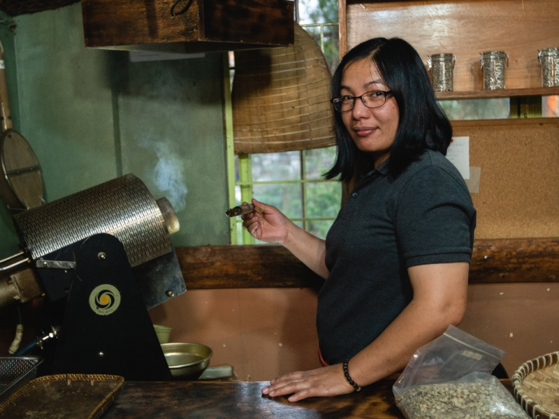 Licensed Q-Grader Lily Jamias, our roaster